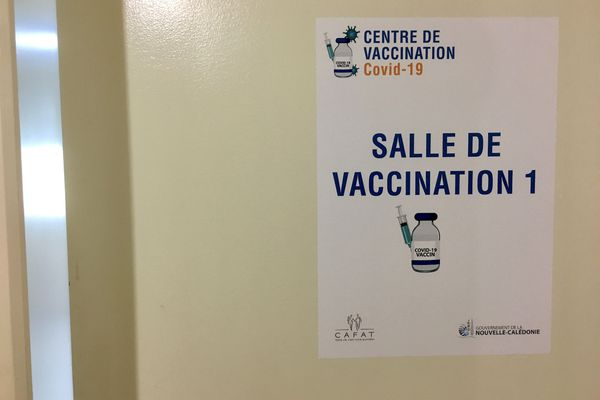 Centre de vaccination anti Covid au Receiving