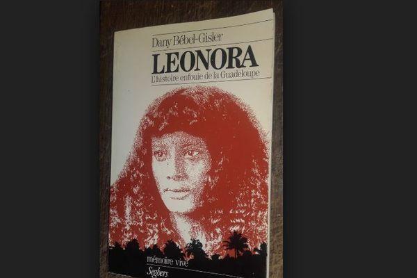 Léonora