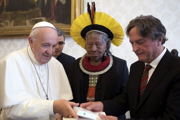 Raoni et Pape