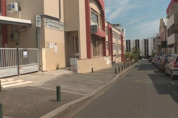 Centre des Finances Publiques rue amiral Lacaze Saint-Denis 231018