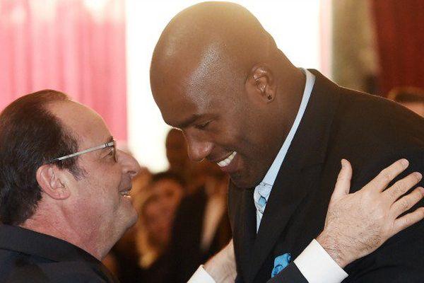 Le président François Hollande et le judoka Teddy RINER