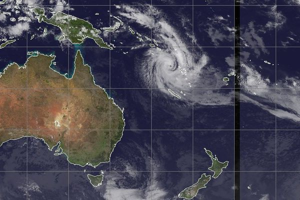 Cyclone Donna 070517 18 h