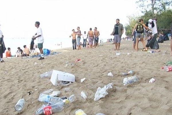 Réveillon : 20 000 personnes attendues sur les plages de l'Ouest