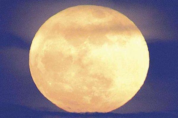 « super lune bleue de sang »