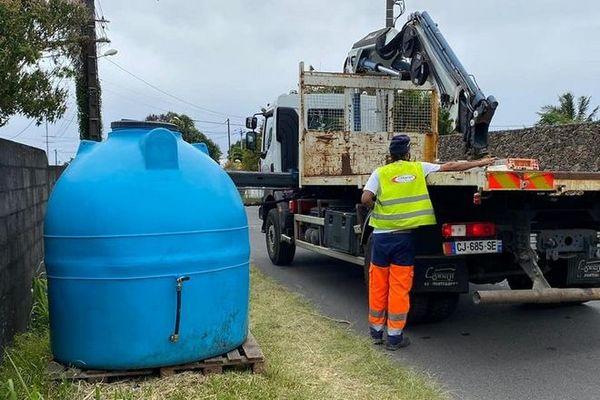 sécheresse citerne eau potable Saint-André 261020