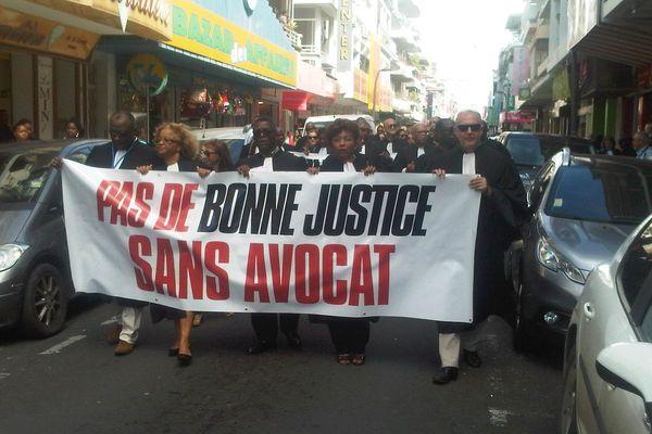 141209 grève avocats