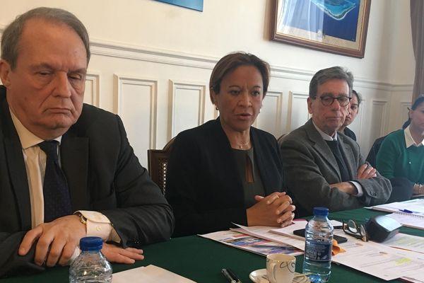 Conférence de presse de Lana Tetuanui et d'Alan Christnacht
