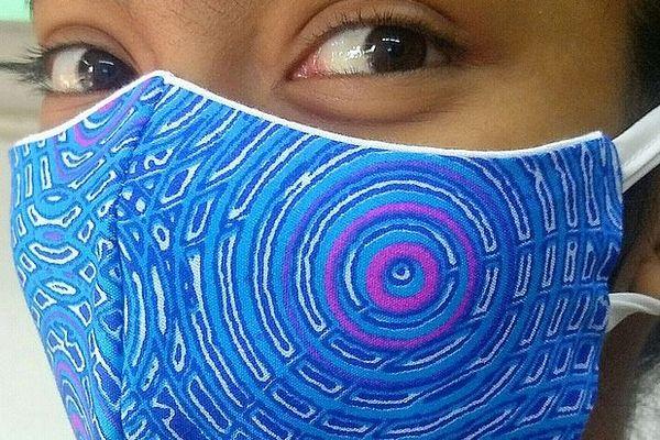 Masque fabrique à l'île Maurice