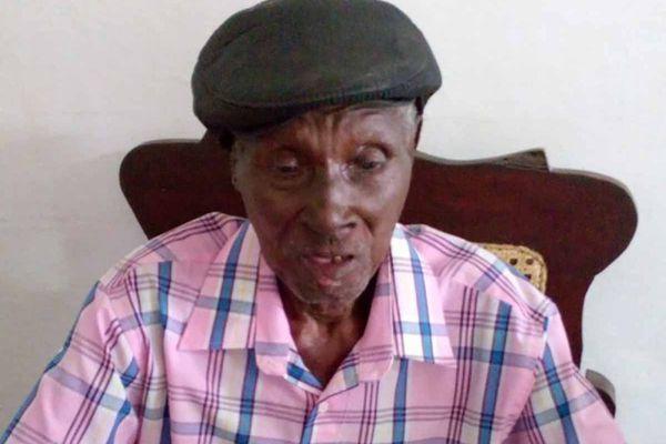 Emilio Duanes Duvarcer, centenaire cubain (mort à 120 ans)
