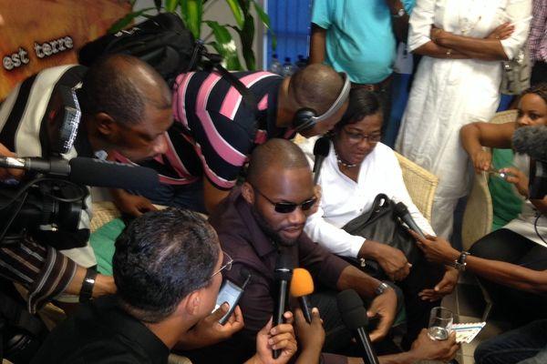 Thierry Dol lors de son premier point de presse depuis sa libération