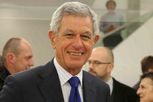 Pierre Frogier, sénateur de Nouvelle-Calédonie.