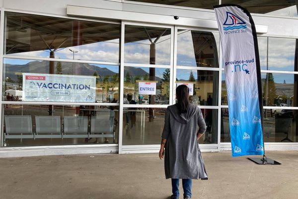 Vaccinodrome à l'aéroport de Tontouta, 6 août, 2021