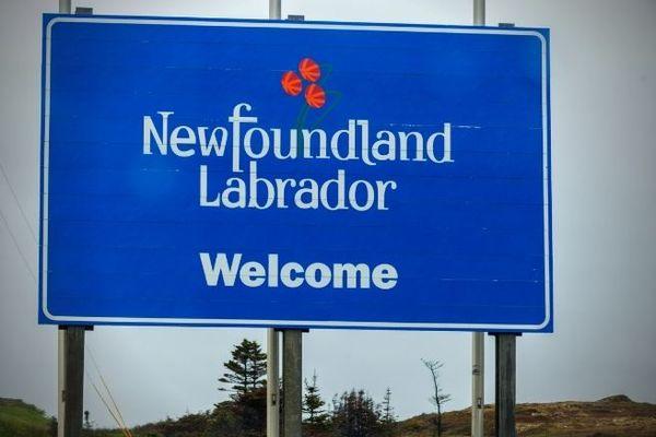 panneau welcome to newfoundland