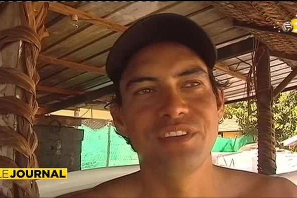 La pirogue en deuil suite au tragique décès de Tainui Vairaaroa