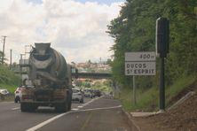 Radar remplacé après destruction sur les routes de Martinique.