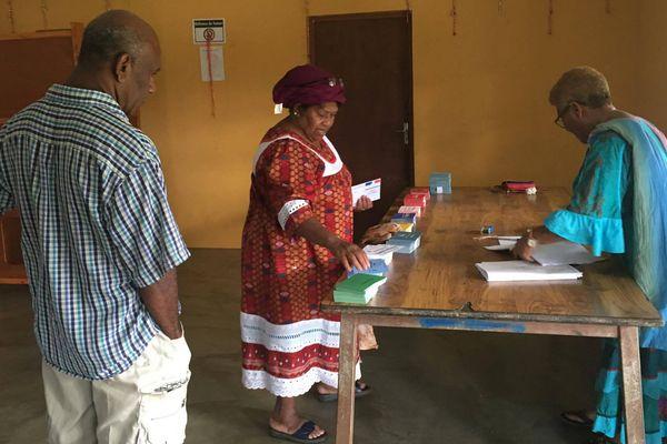 Premier tour élections législatives tribu Bayes Poindimié (11 juin 2017)