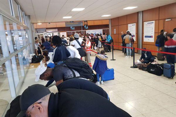 Dispositif contrôle aéroport Félix Eboué