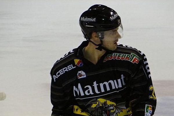 Jonathan Janil