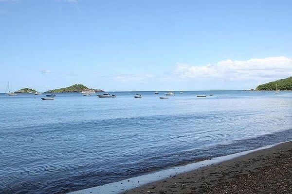 Plage de Malendure Bouillante