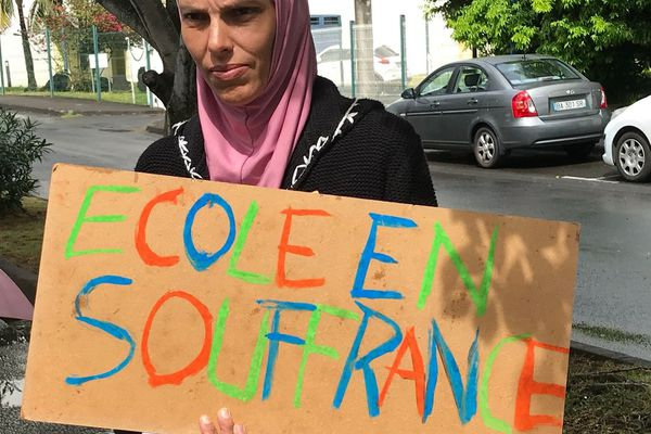 Manifestation des parents de l'école Gaspard