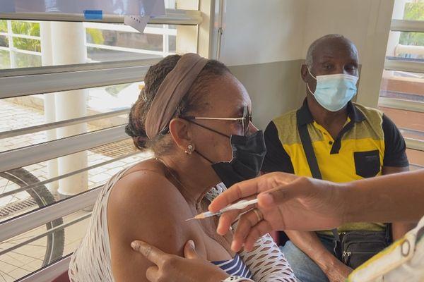 vaccination à Vieux Habitants