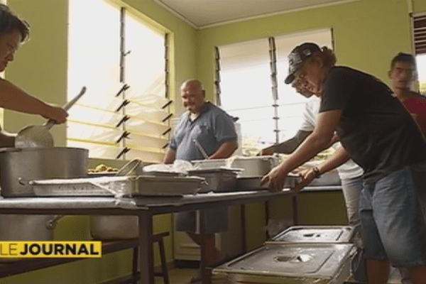 La direction de la cuisine centrale offre des repas aux SDF