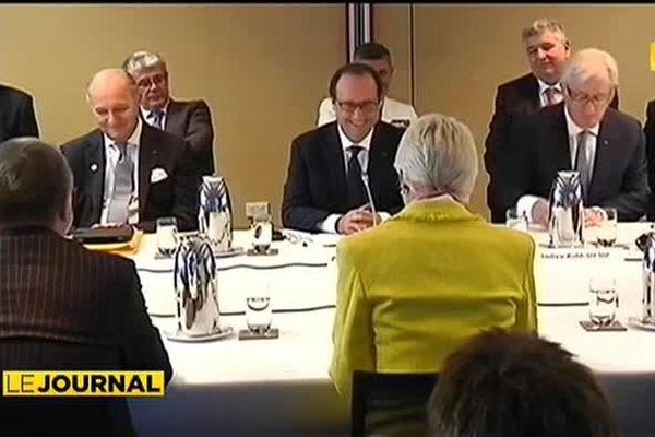 François Hollande veut accentuer les échanges commerciaux avec l'Australie
