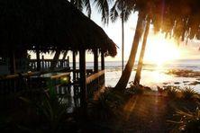 L'hôtel de Somalama à Futuna au crépuscule