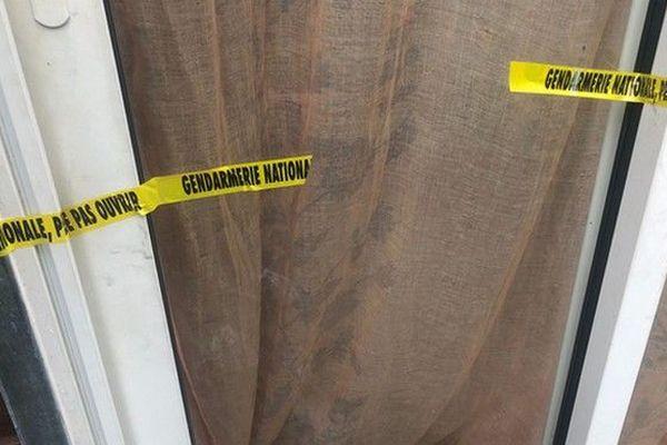 homicide coups de couteau Bras-Pistolet Deux-Rives Sainte-Suzanne 140919