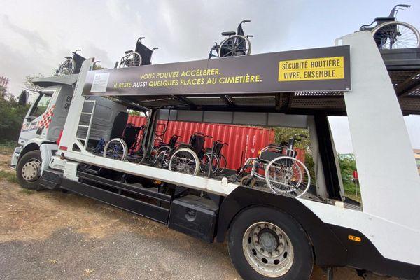Camion Campagne sécurité routière avec fauteuils roulants