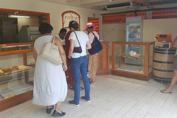 Intérieur pâtisserie