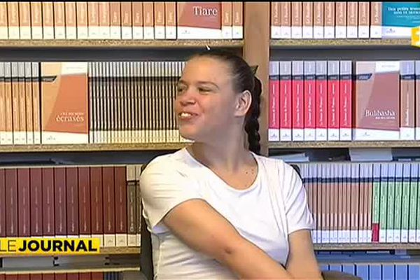 Nathalie Salmon Hudry lauréate du prix Vi Nimö en Nouvelle Calédonie