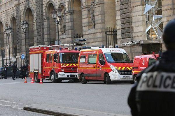 Attentat Carrousel du Louvre