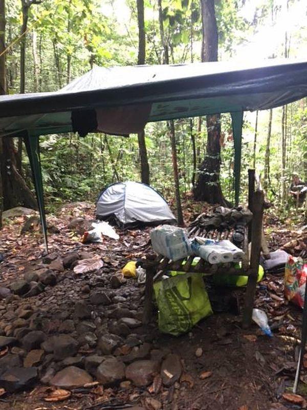 Camp évadé Henry Reagan 2