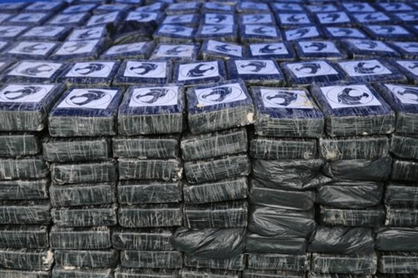700 kg cocaine saisie