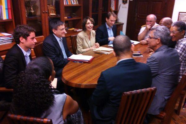 Marisol Touraine avec les parlementaires et le président de la CTG
