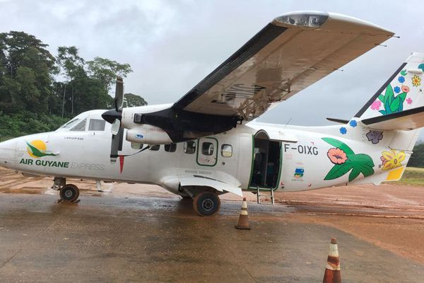 Avion Air Guyane à Saül