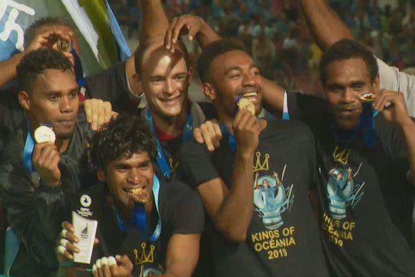 Hienghène fête ses médailles d'or de champion de la O'League 2019. Un jour qui ne sera jamais effacé des mémoires.