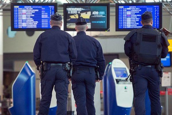 Patrouille sécurité police
