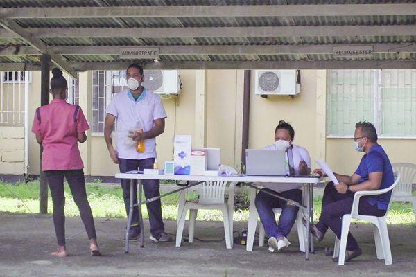 Mobilisation des autorités au Suriname face au coronavirus