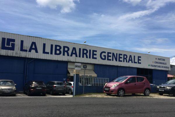 La librairie Générale à Jarry