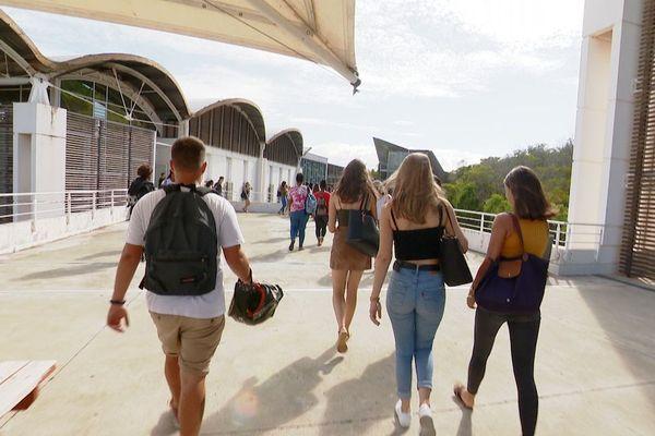 Premier jour de l'année scolaire 2020 au campus de Nouville.