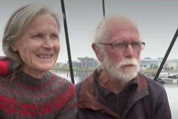 Anne-Marie et Patrick posent leur valise à Saint-Pierre