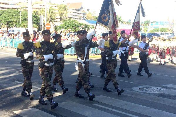Défilé 14 juillet Nouméa avenue Foch 14 juillet 2017