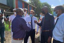 Sébastien Lecornu en compagnie de quelques maires du nord Martinique.