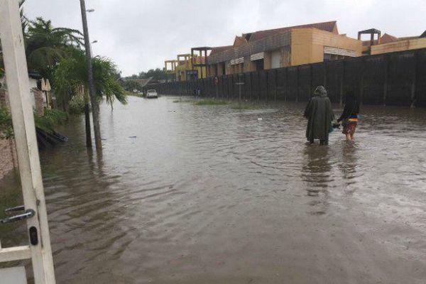 Nouvelles inondations à Saint Laurent du Maroni