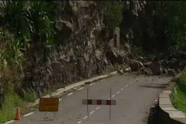 Route de Ciloas barrée secteur Aloès