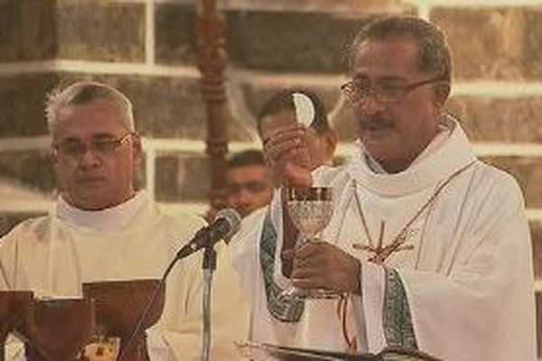 Messe du Jeudi Saint à la cathédrale de Mata'utu