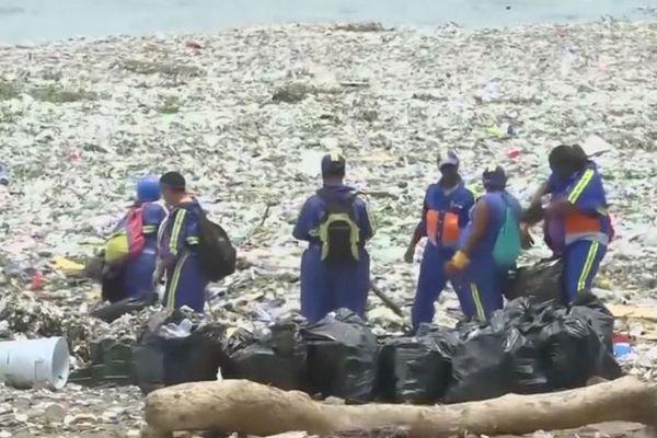 Déchets plastiques en RD