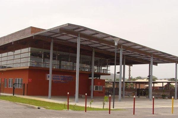 Lycée Lama-Prévot